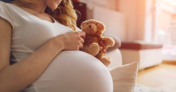 Survey finds expectant and new mothers feel more anxious due to Covid